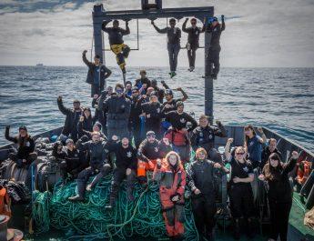 Sea Shepherd si racconta. Un prestigioso volume fotografico con 40 anni di battaglie per il mare